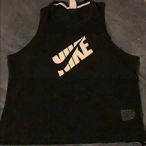 Nike tank size L